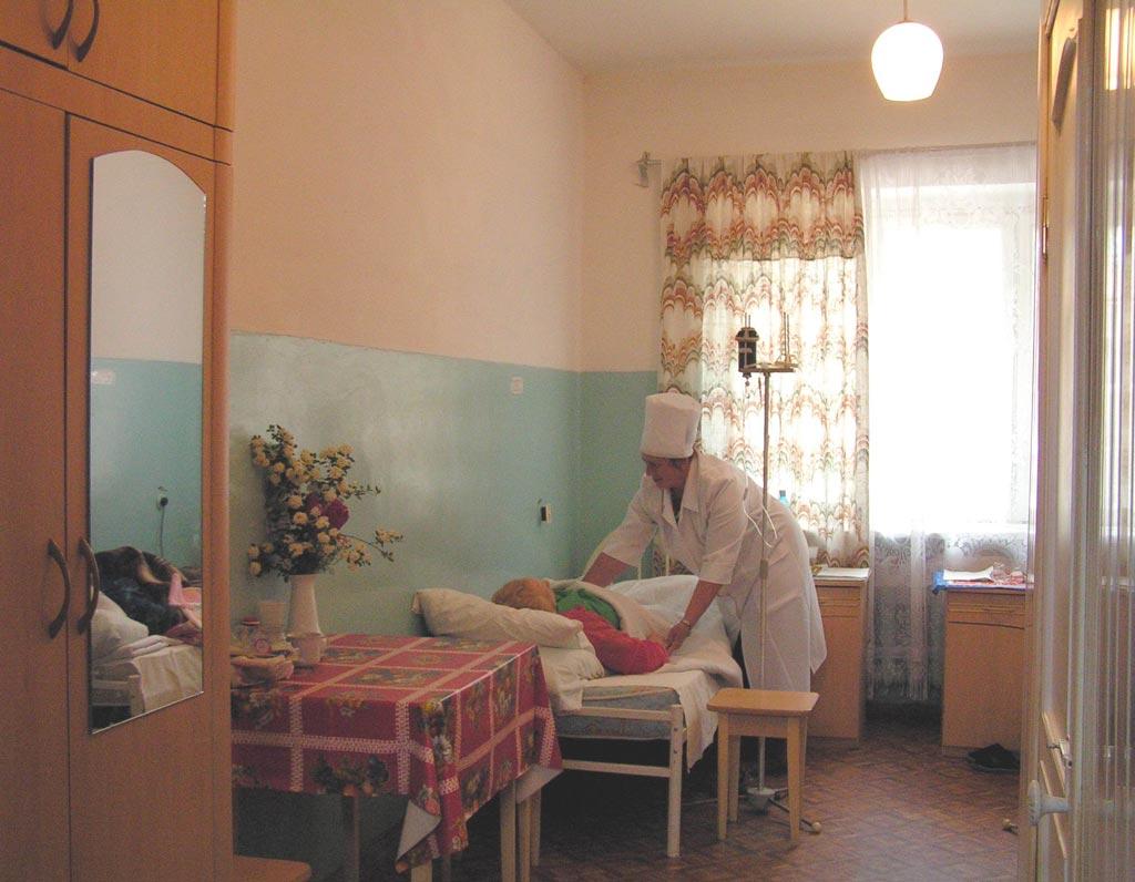 Октябрьская больница киев как доехать общественным транспортом