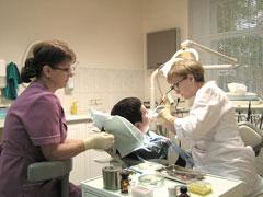Работа врачом стоматологом без опыта вакансии в Москве на